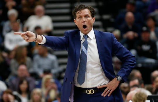 Utah Jazz head coach Quin Snyder shouts to his team during the first half of an NBA basketball game against the Phoenix Suns Monday, March 25, 2019, in Salt Lake City. (AP Photo/Rick Bowmer)
