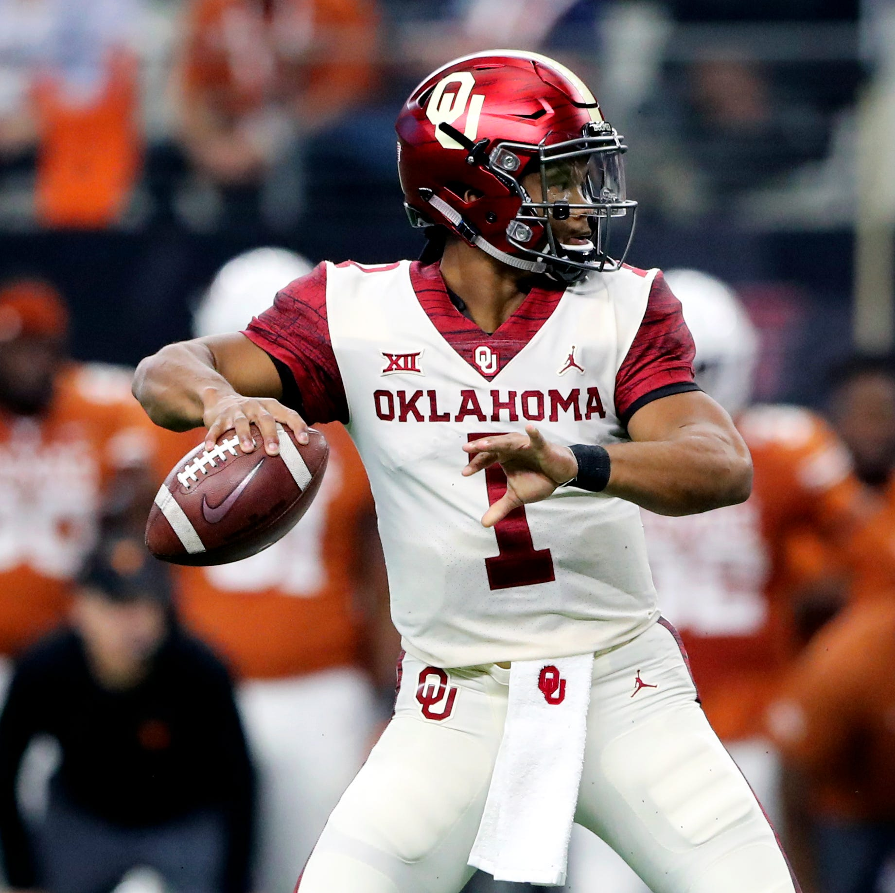 Kyler Murray vs. Josh Rosen debated at the NFL owners meetings