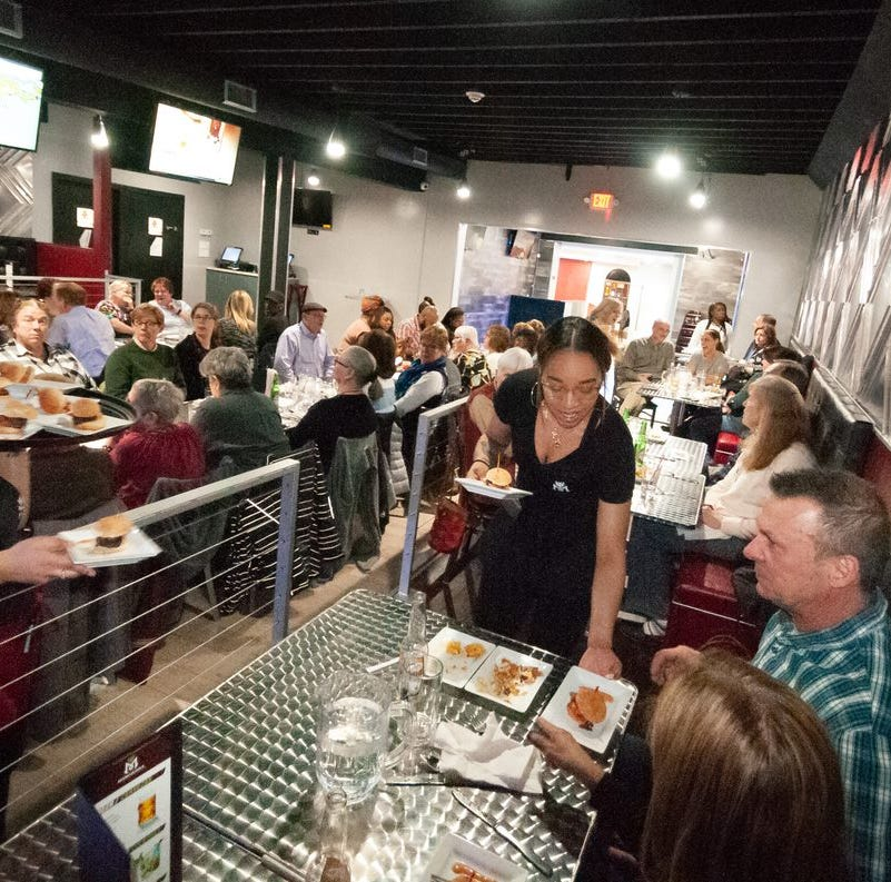 D&C readers gather for ROCFlavors dinner at MamaJuana Restaurant and Lounge
