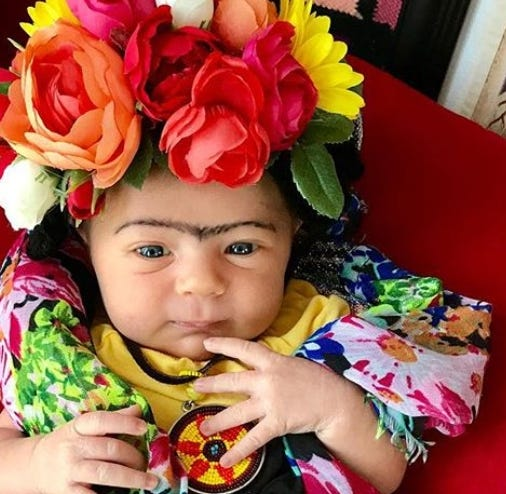 Liberty Wexler as Frida Kahlo. Mom Jenelle Wexler dresses Liberty as influential women on her Instagram @photographyofliberty.