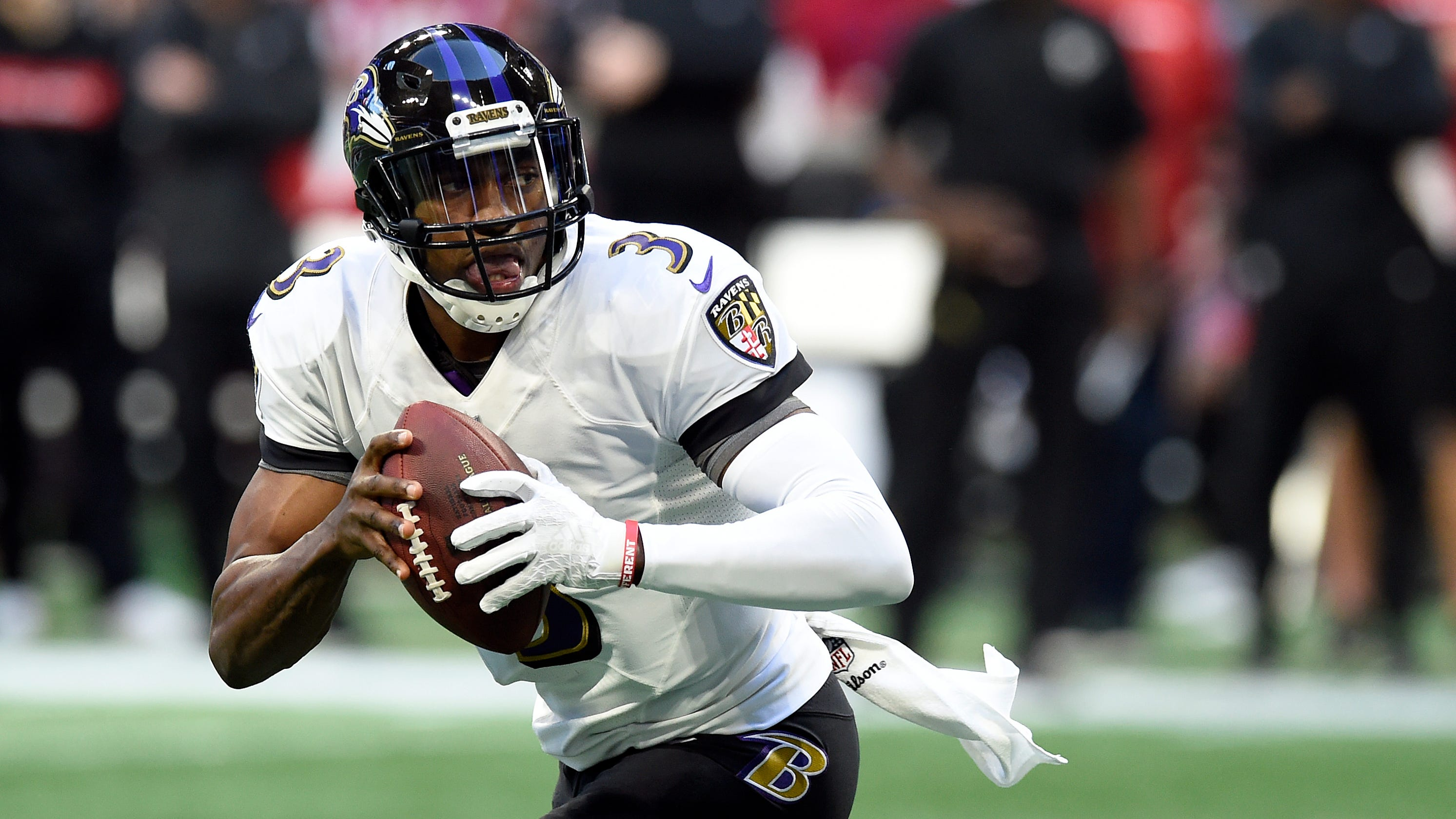 Ravens QB Robert Griffin III sued by former agent for breach of contract