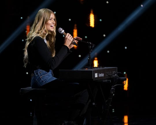 "Bride-to-be Johanna Jones also moved on to the top 40 during Monday's episode of ""American Idol."""