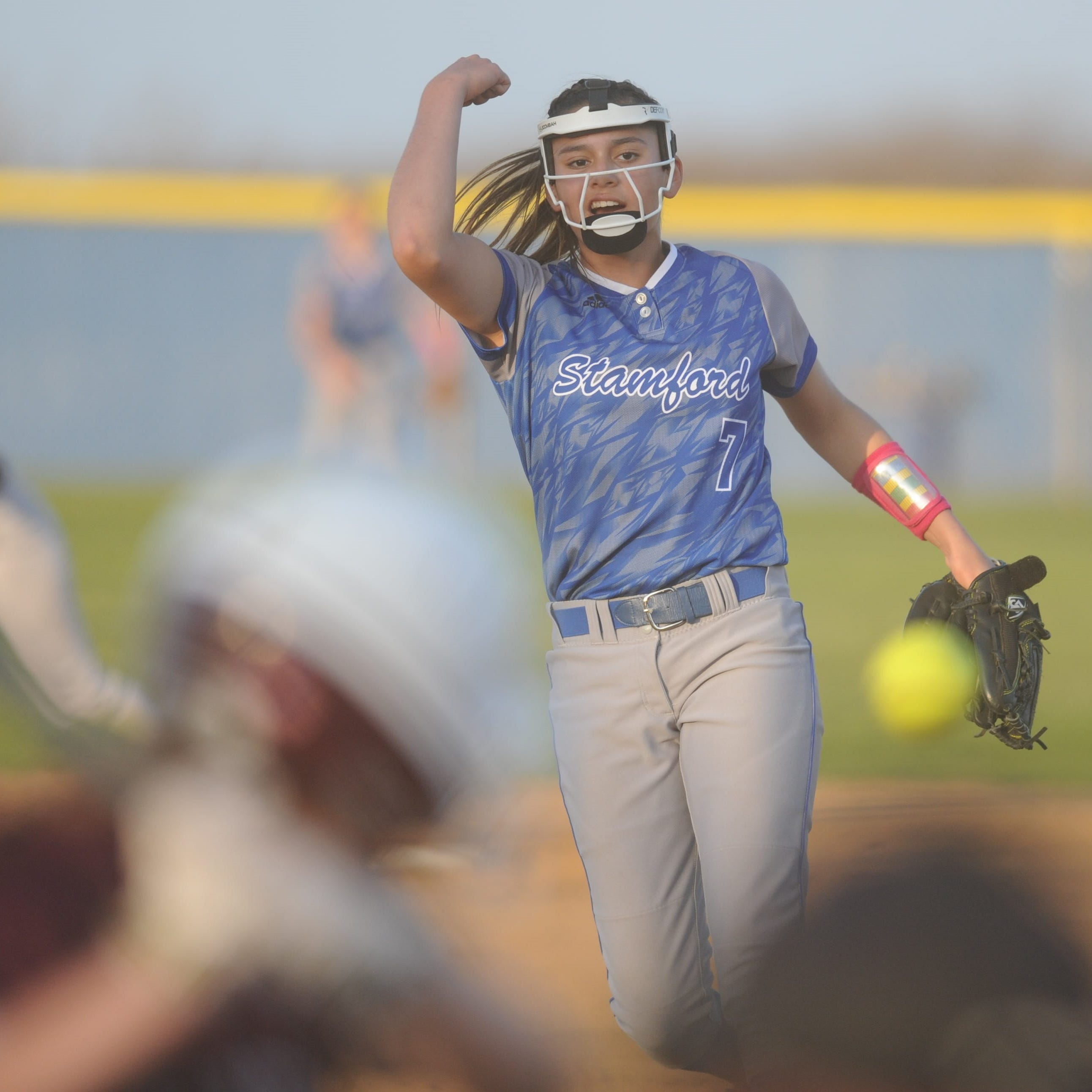 Stamford freshman Citlaly Gutierrez tosses no-hitter, homers in softball win over Hawley