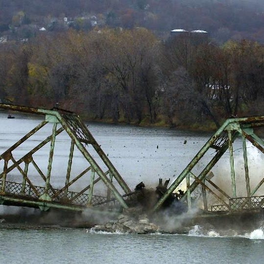 Spanning Time: Binghamton's waters weren't troubled, but this bridge was