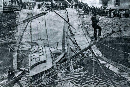 The 1903 collapse of the second Rockbottom Bridge.