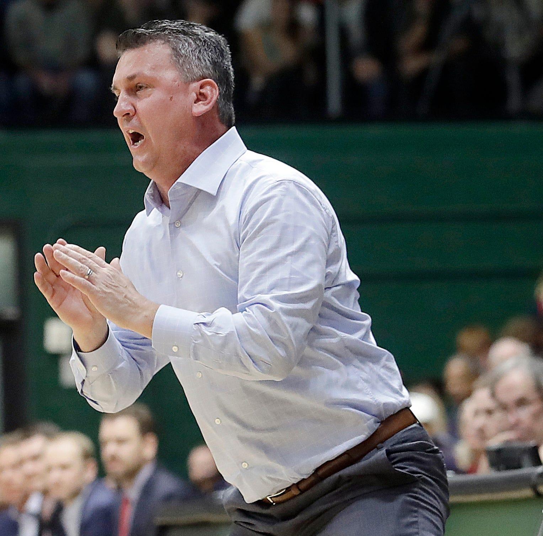 Washington State tabs USF's Smith to lead hoops program