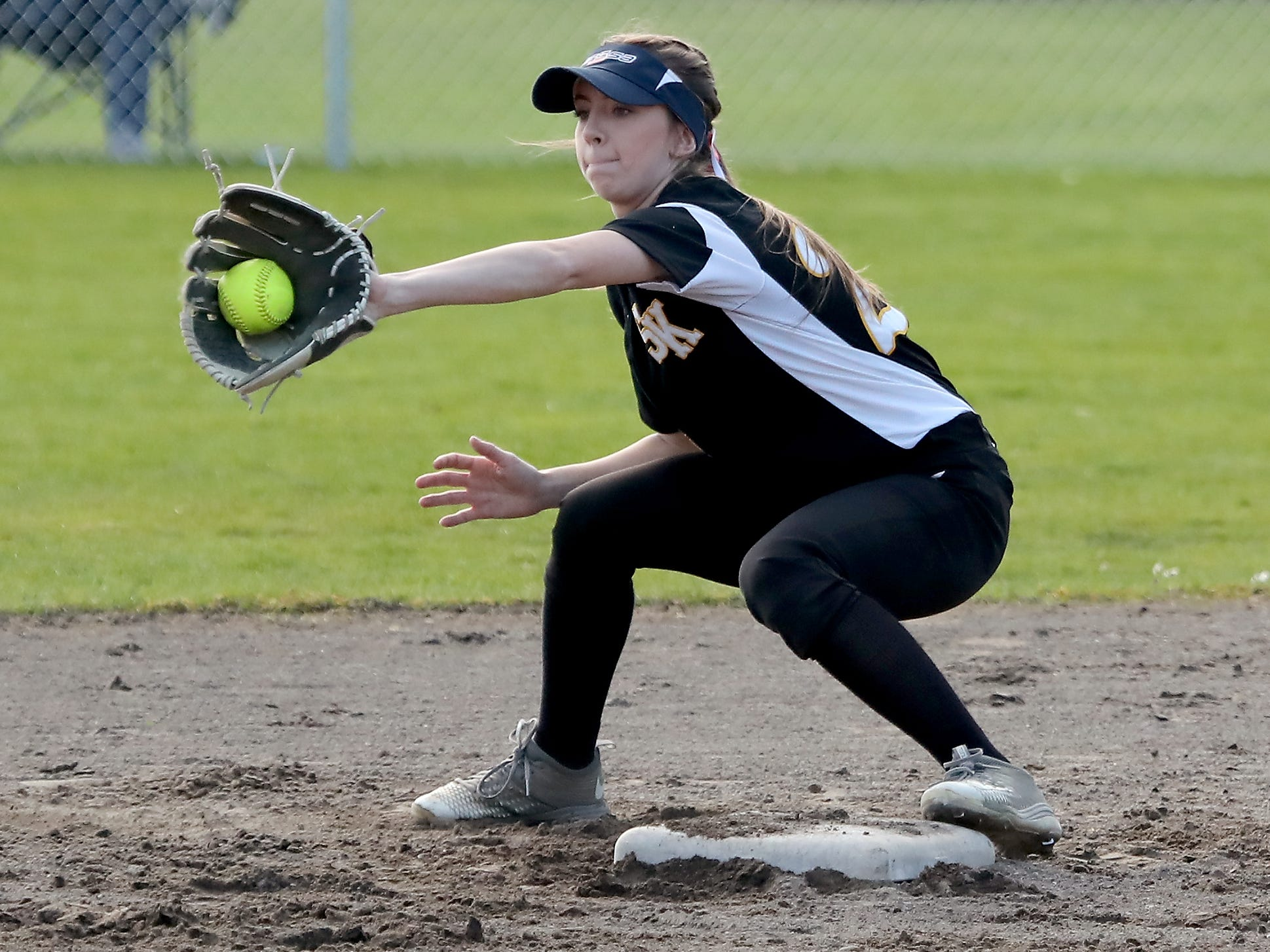 South Kitsap's Teanna Lathum makes a catch at second against Puyallup on Tuesday, March 26, 2019.