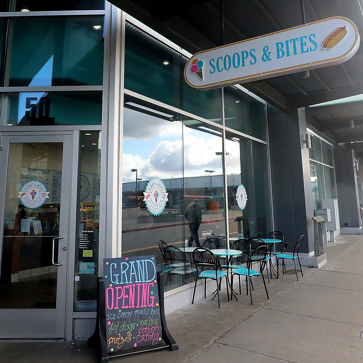 In Bremerton, out with Cold Stone, in with Scoops & Bites