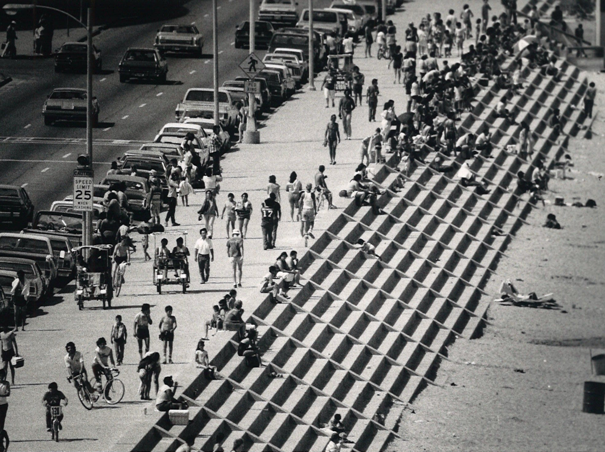 The crowd at McGee Beach in downtown Corpus Christi during Memorial Day weekend in 1984.