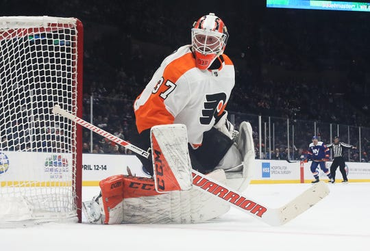 Brian Elliott, 33, is a pending free agent and has provided some stability to the Flyers' leadership group.