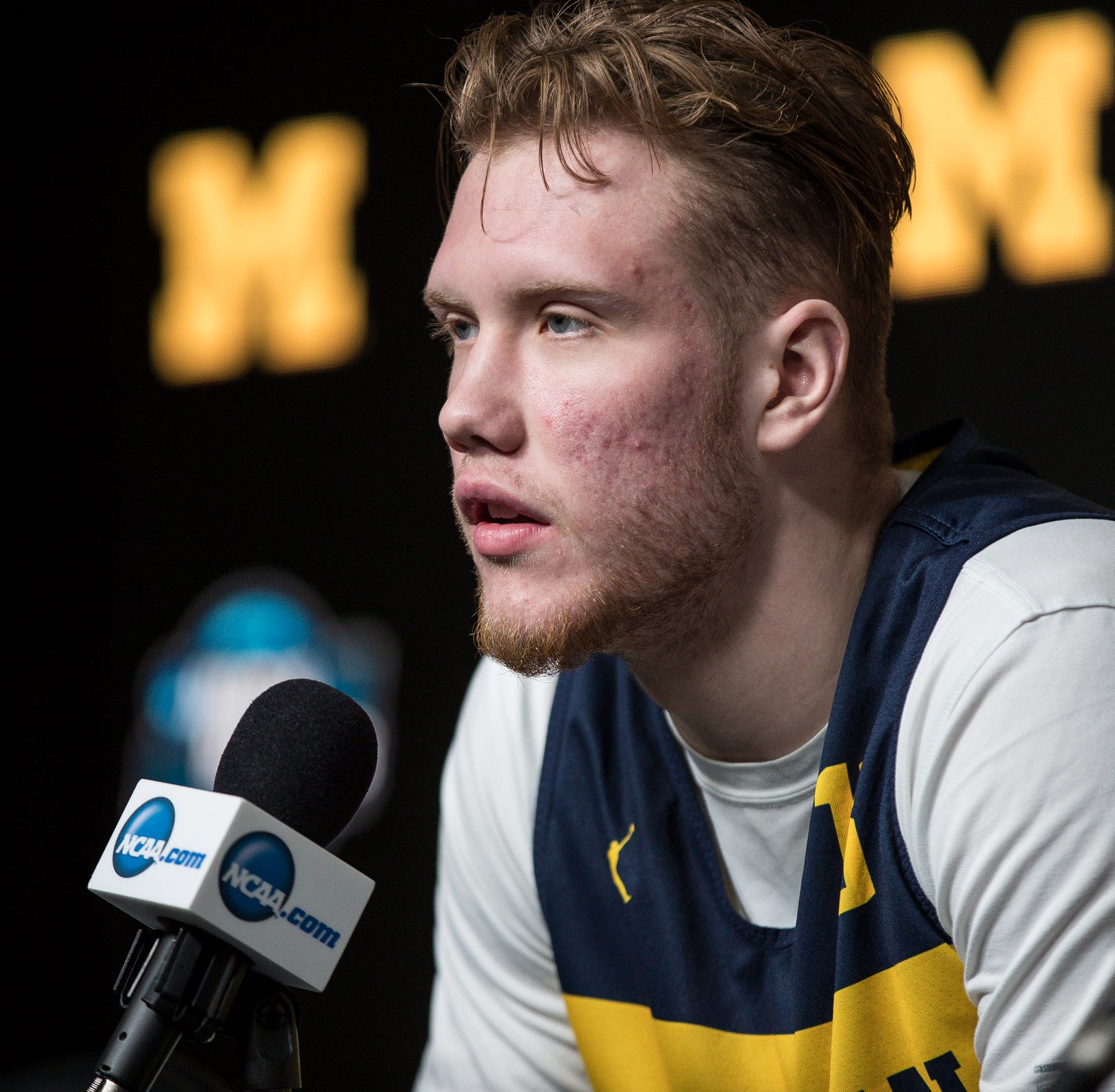 Michigan basketball's Ignas Brazdeikis staying in 2019 NBA draft