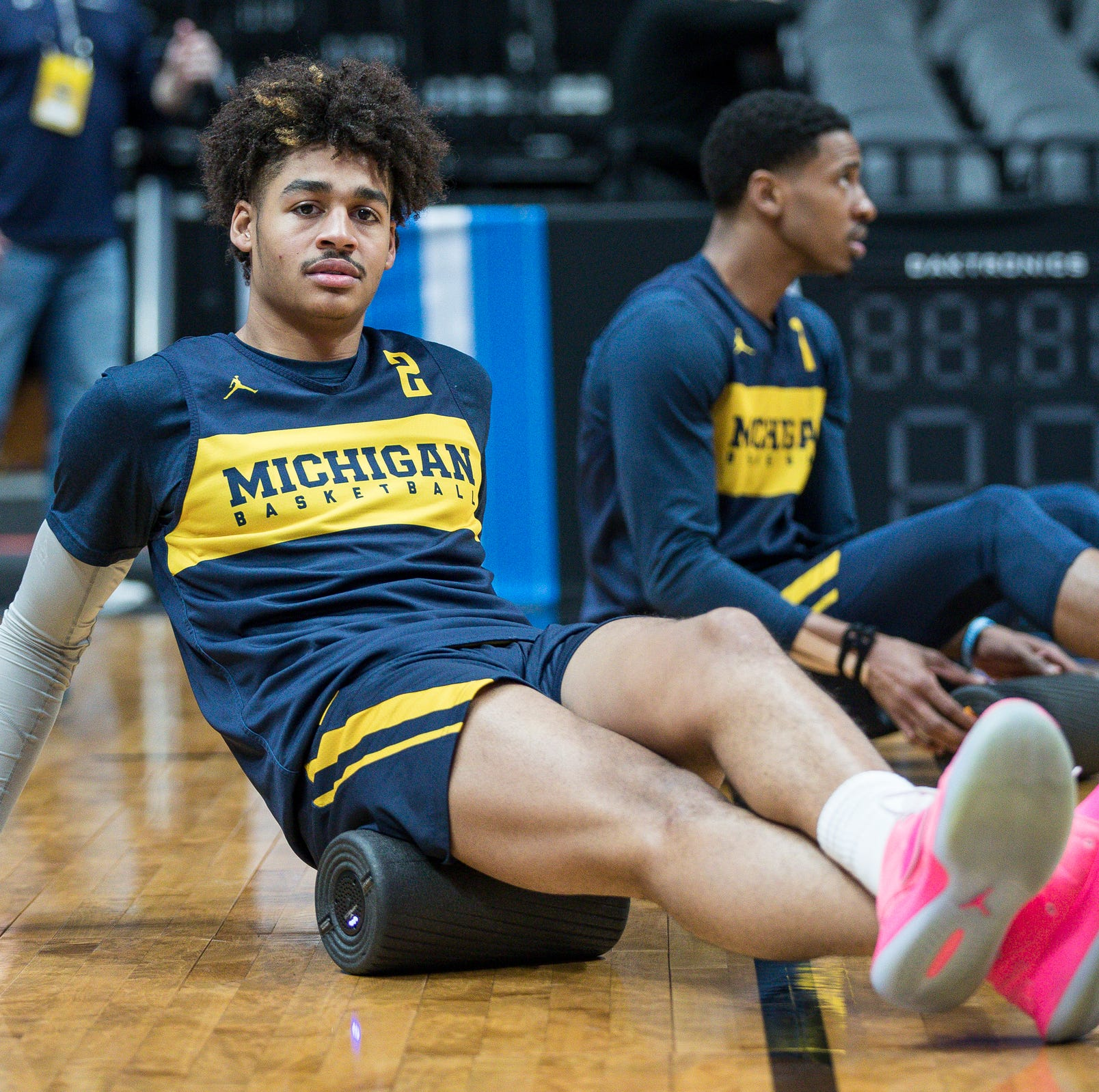 Michigan basketball's Jordan Poole appears to be selling video messages