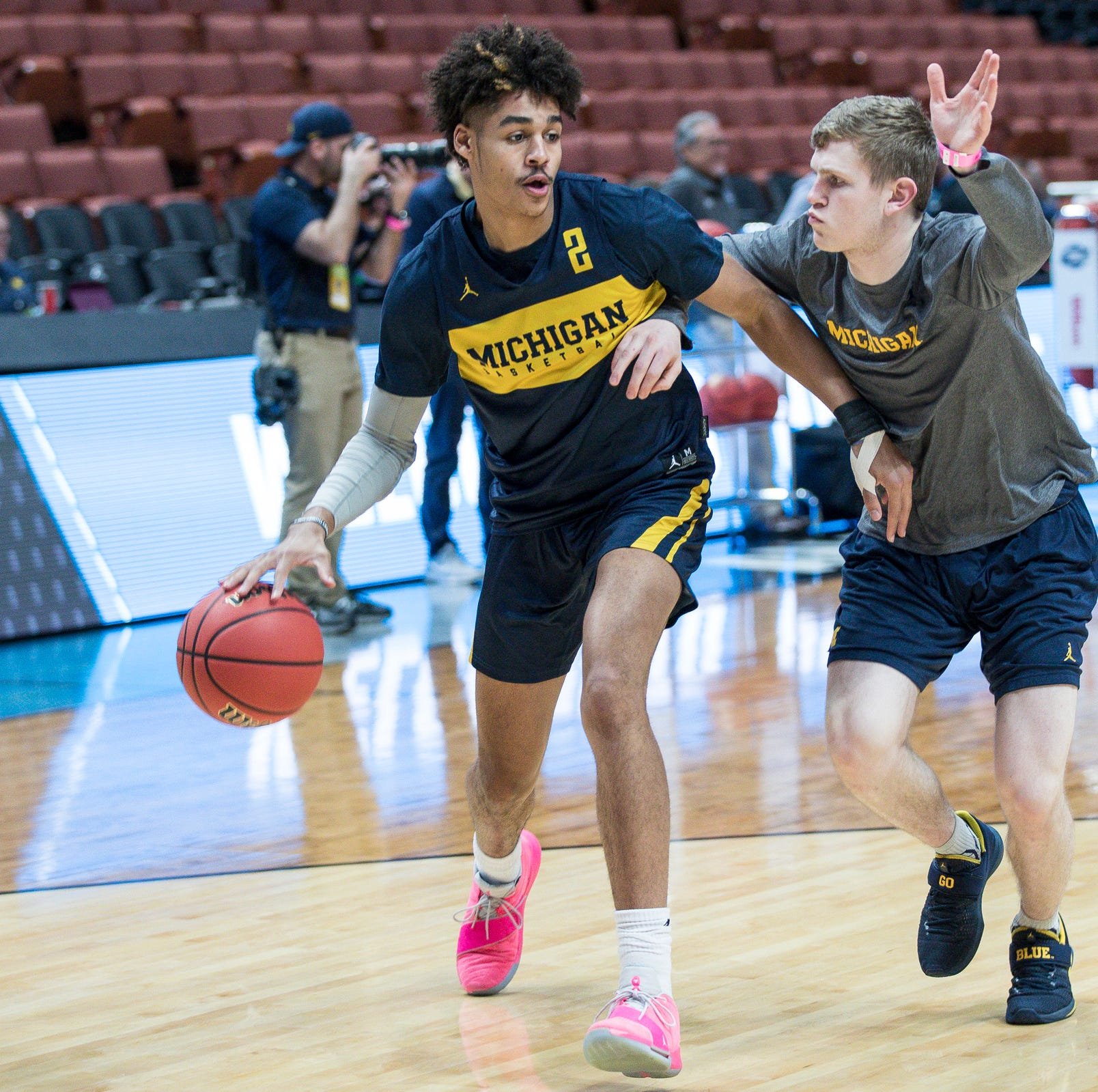 Michigan basketball's Jordan Poole officially staying in NBA draft