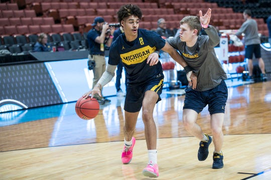 Michigan guard Jordan Poole (2) during practice as the Wolverines prepare for Thursday's Sweet 16 game at the Honda Center in Anaheim, Calif., Wednesday, March 27, 2019.