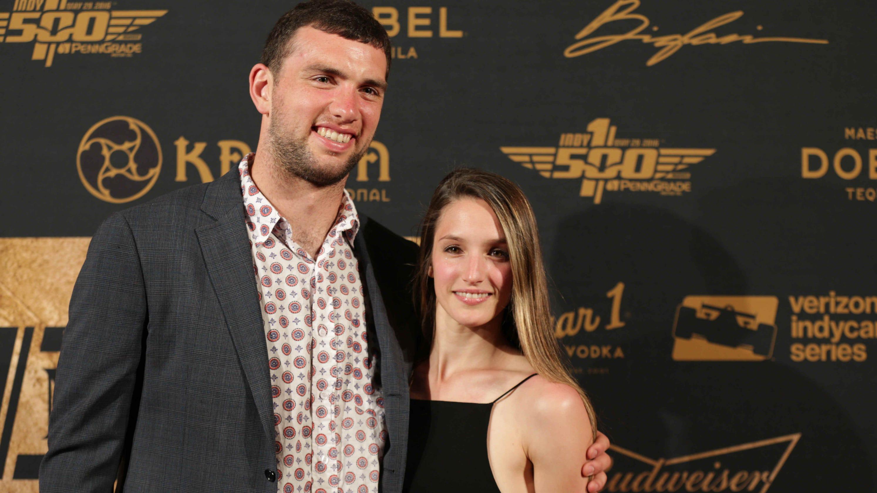 Andrew Luck wedding: Colts quarterback marries Nicole Pechanec
