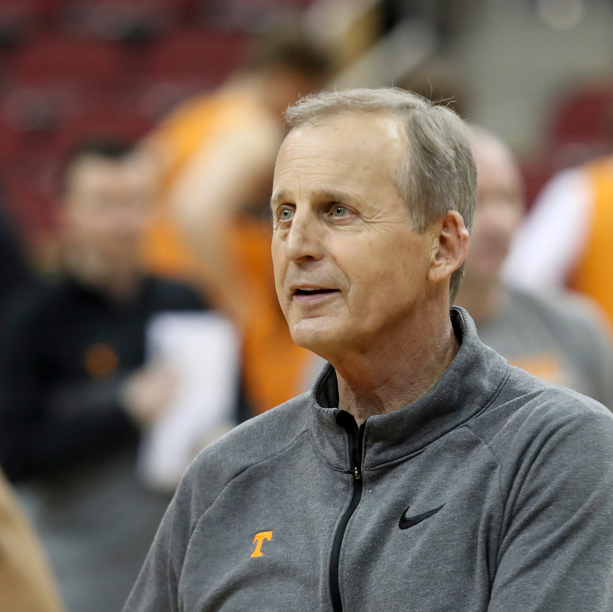Rick Barnes: I'd be coach at UCLA if not for buyout