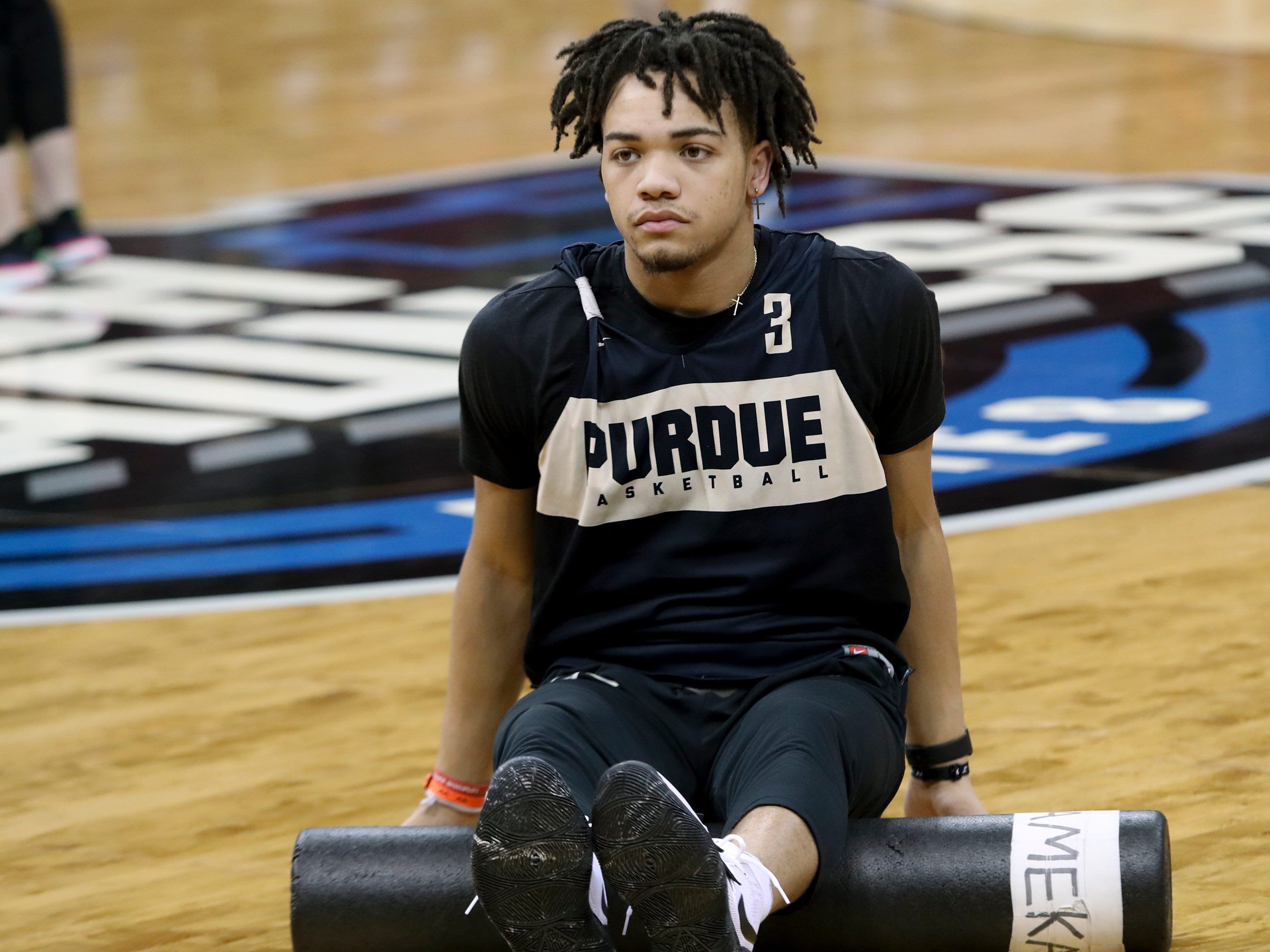 Purdue's Carsen Edwards warms up during practice on March 27 at the KFC Yum Center in Louisville, Ky.