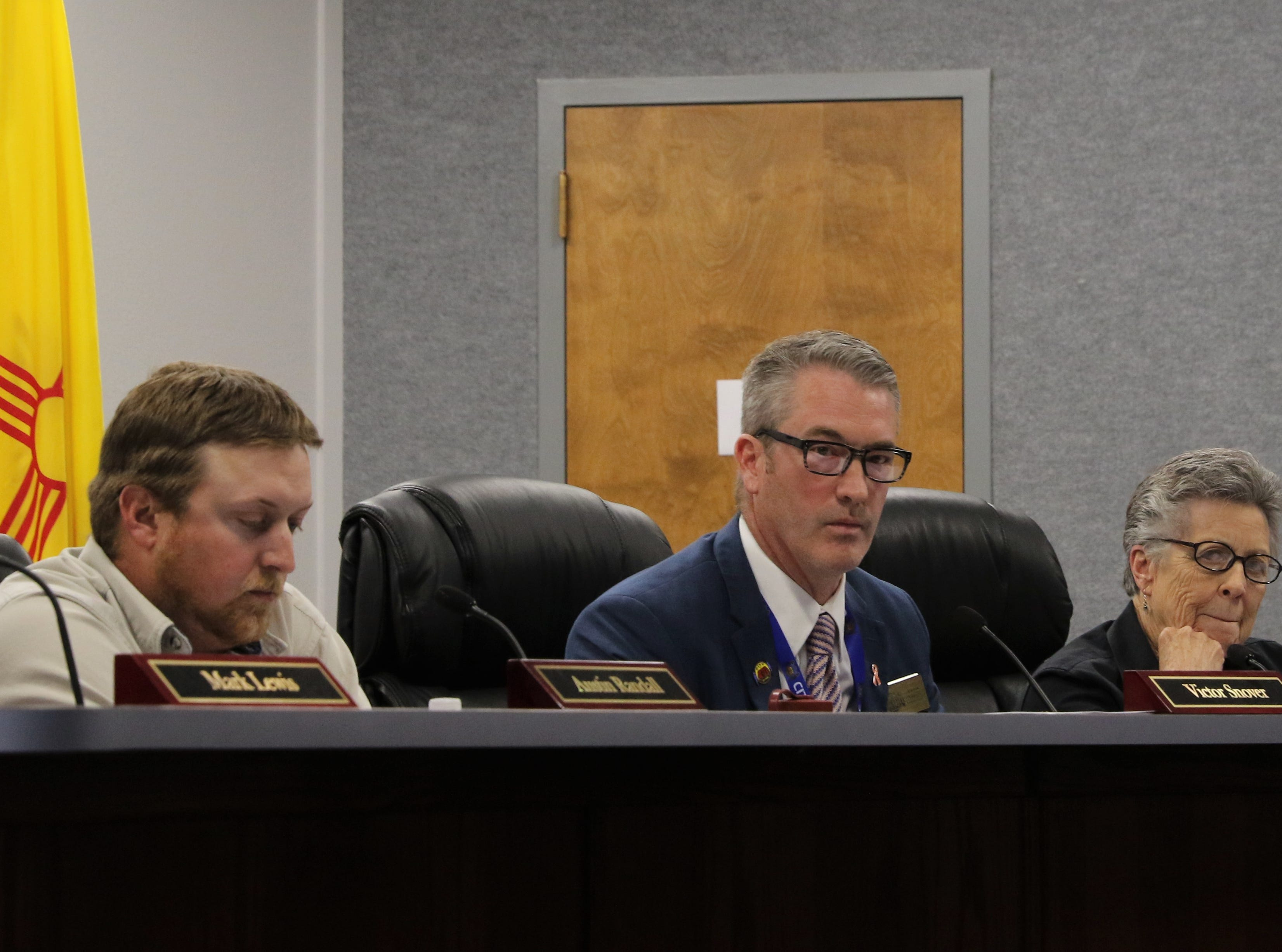 Commissioner Austin Randall, Mayor Victor Snover and Commissioner Roslyn Fry consider a Second Amendment Preservation City resolution, Tuesday, March 26, 2019, during a City Commission meeting.