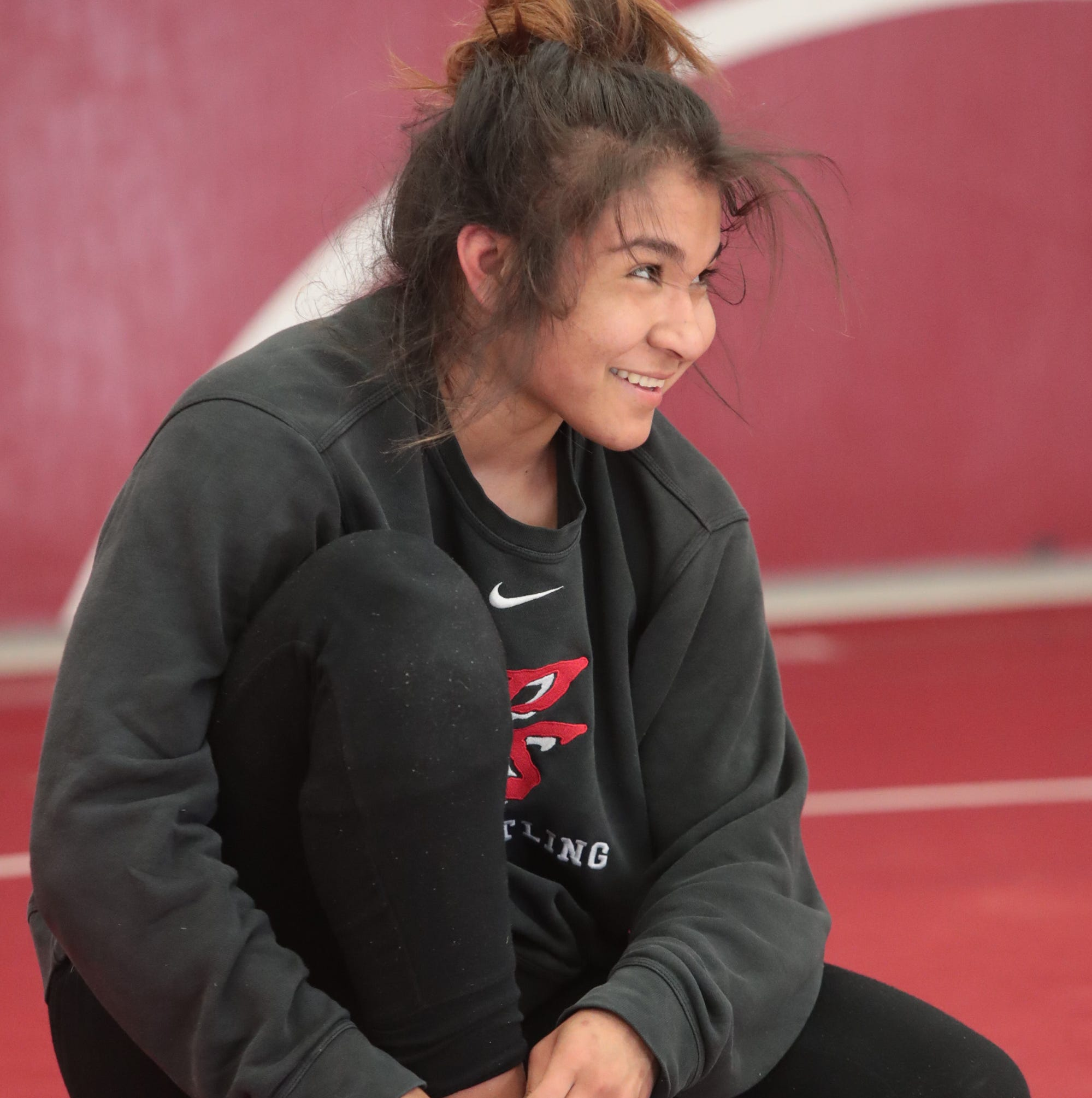 Palm Springs wrestler Cindy Zepeda takes third place at Nationals