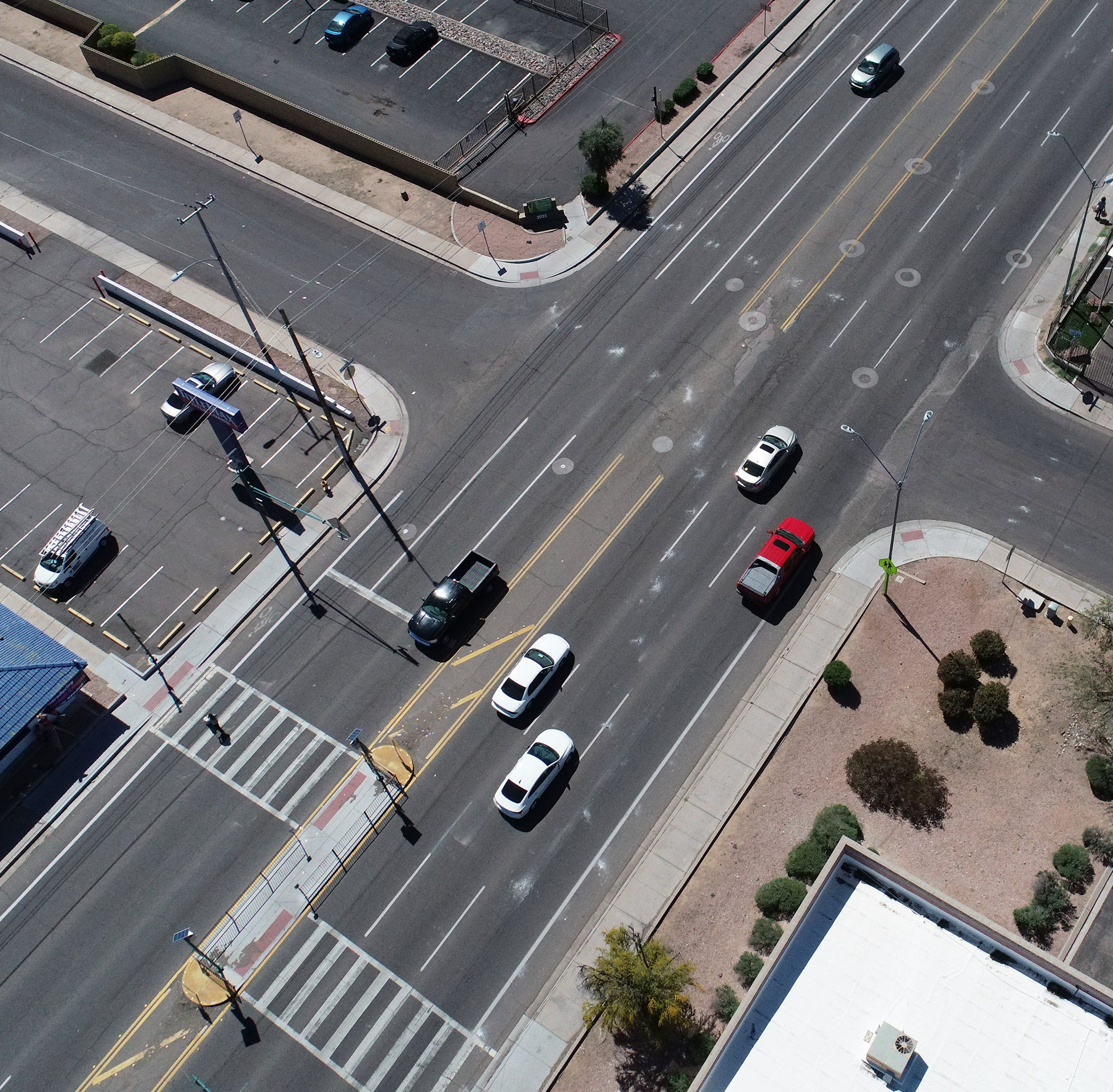 On Phoenix's most dangerous streets, little has been done to address the pedestrian death toll