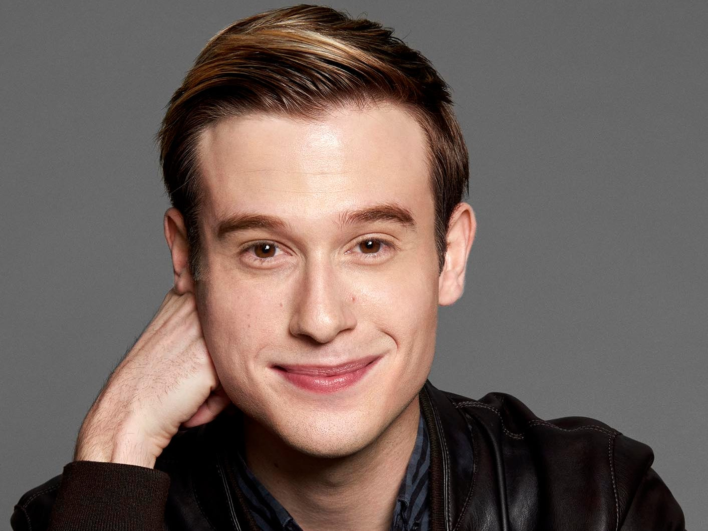 Tyler Henry will perform for a sold-out audience in Scottsdale on Friday, April 12.