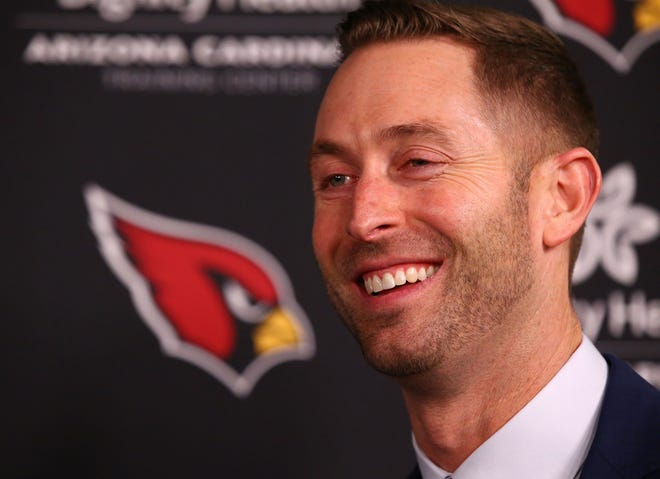 """Cardinals coach Kliff Kingsbury plans on giving his players """"cell phone breaks"""" or """"juice box breaks"""" so that he can keep his players attention."""