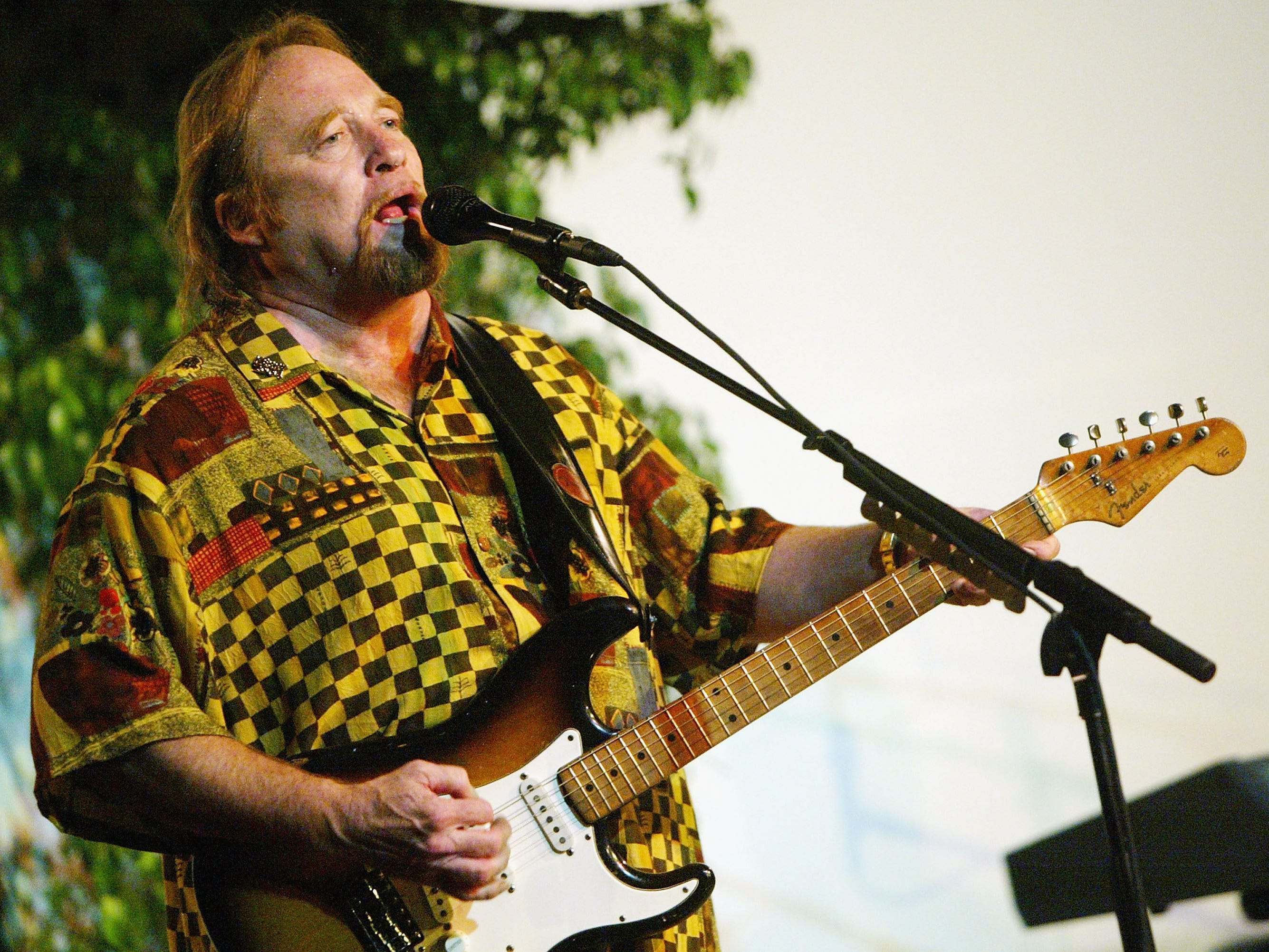 Stephen Stills performs at Rock The Vote's the Last Mile Acoustic Concert at the Crossroads School on October 27, 2004 in Santa Monica.