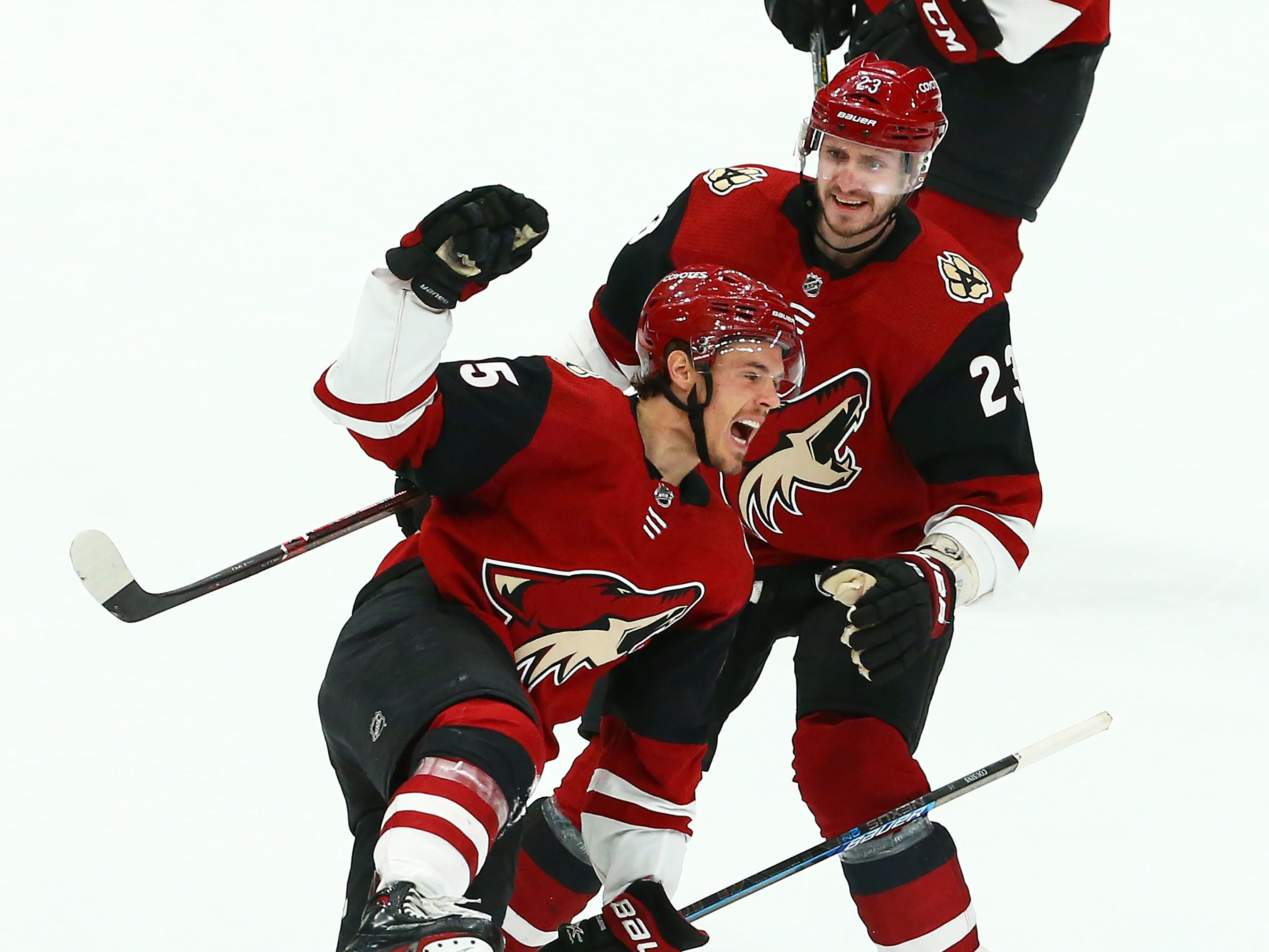 Arizona Coyotes center Nick Cousins (25) celebrates after scoring a goal against the Chicago Blackhawks in the third period on Mar. 26, 2019, at Gila River Arena in Glendale, Ariz.