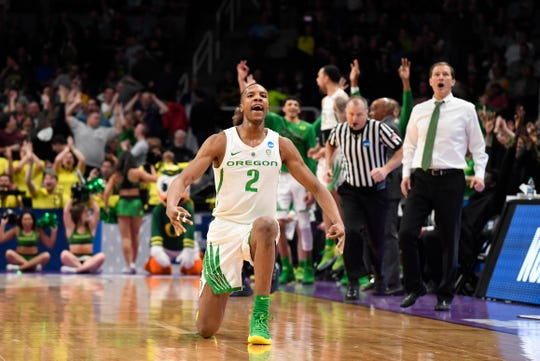 Mar 24, 2019; San Jose, CA, USA; Oregon Ducks forward Louis King (2) celebrates a three point basket against the UC Irvine Anteaters during the second half in the second round of the 2019 NCAA Tournament at SAP Center. Mandatory Credit: Kelley L Cox-USA TODAY Sports