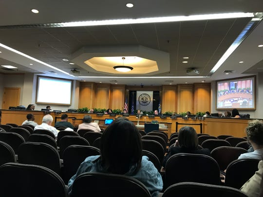 Tuesday, the City Council discussed an ordinance that would require the city to implement a bidding process for hiring financial lawyers. Prior to the discussion, the Council approved employing a lawyer who Councilman Joh n Nickelson said wasn't qualified for the job.