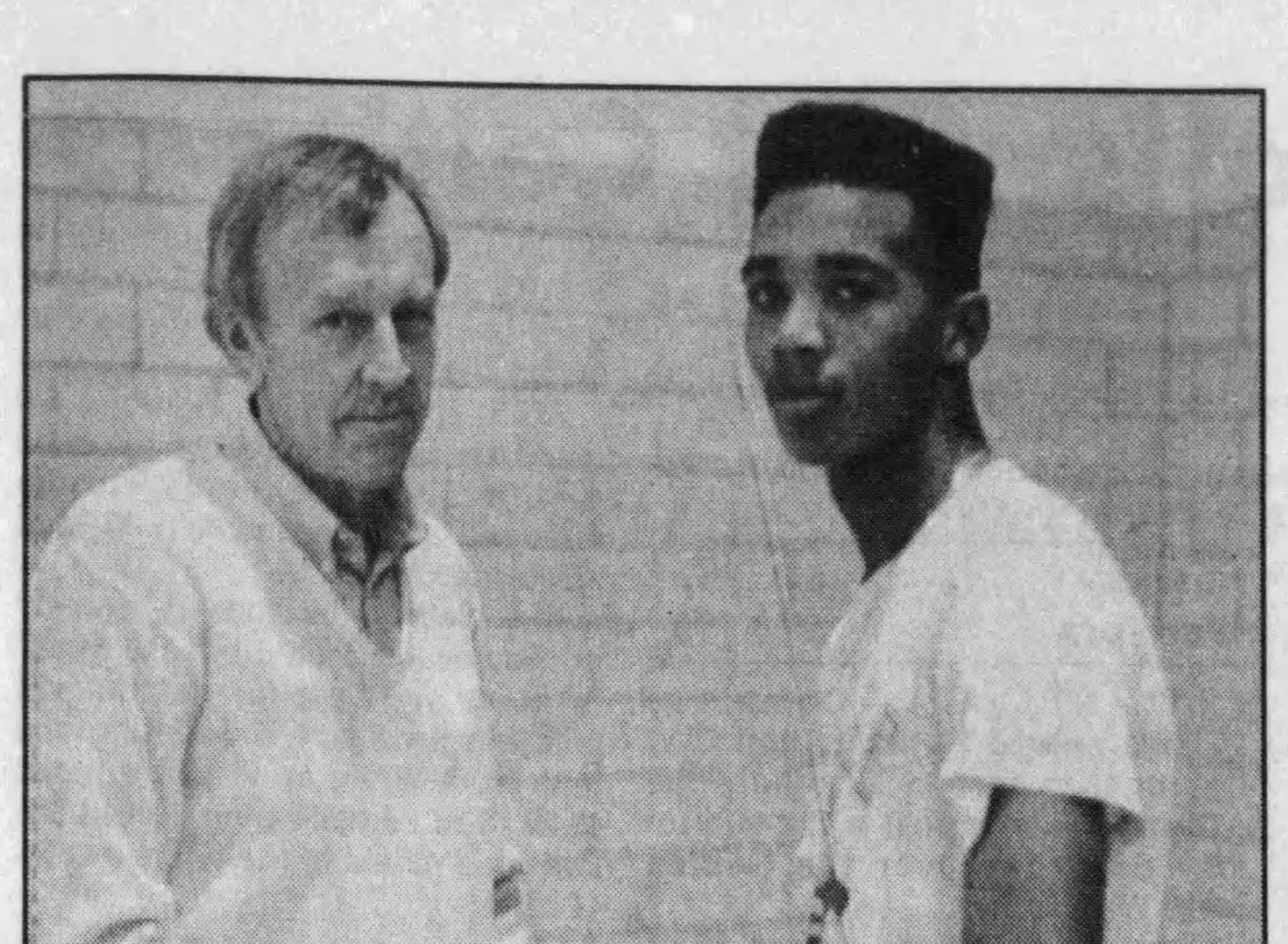 A News Leader story on Keith Scott's AAU success from 1989.