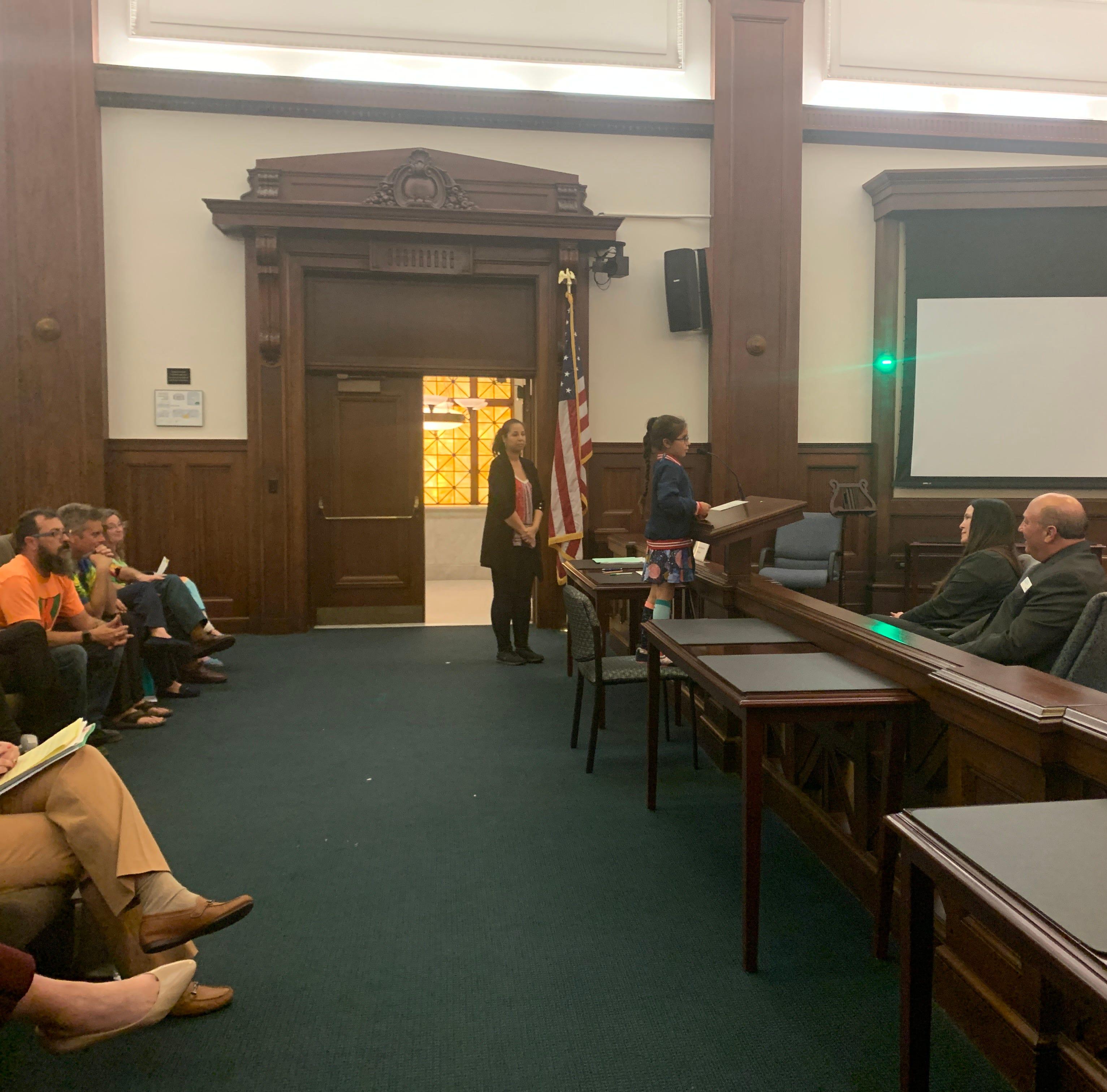Despite student, parent pleas to keep Open Classroom, Ventura board cuts program