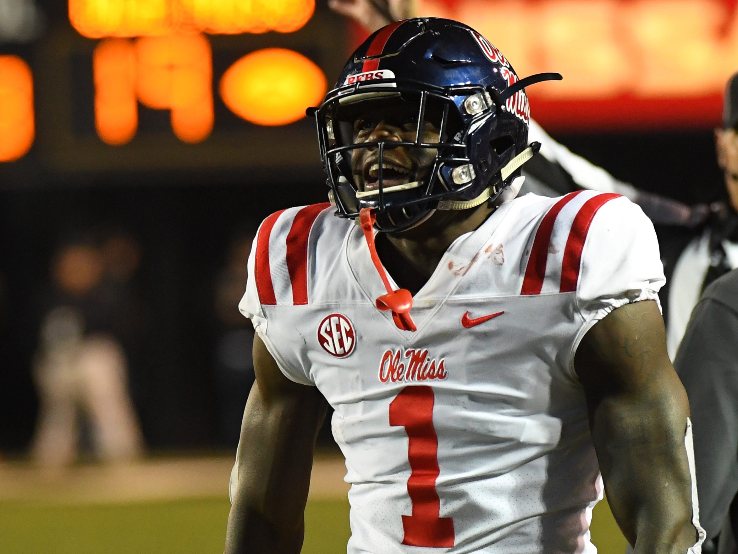 32. Patriots - A.J. Brown, WR, Ole Miss