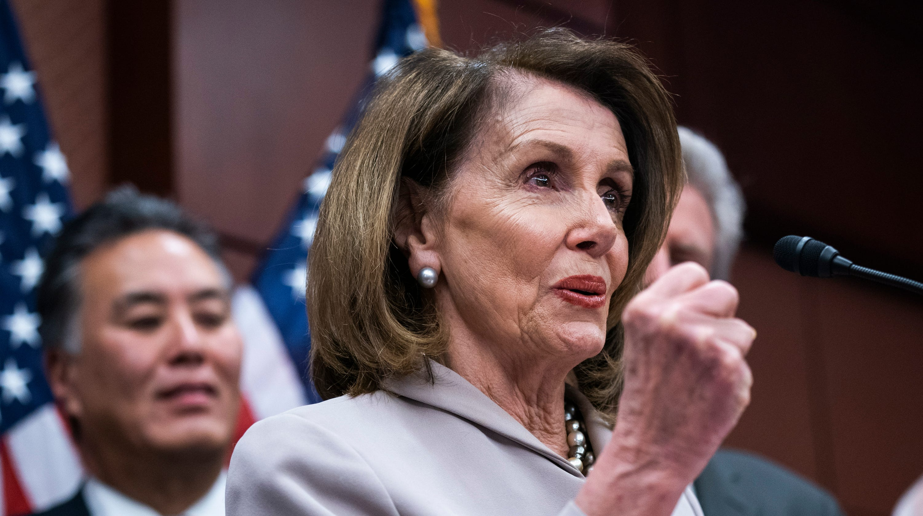 Green New Deal: Democrats push more modest climate change ...