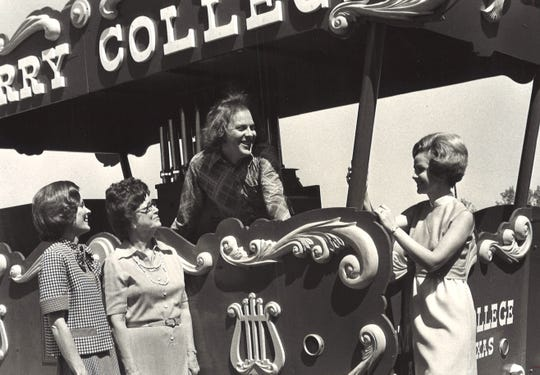 Charles Dickey, center, played the calliope in April 1975 for a Los Aficionados garden party. Co-hostesses were Mrs. Bob Bailey, left, and Mrs. H.C. Zachry, right. With them is Mrs. Alma Heggie of Waco. Dickey was a senior music education major at McMurry College at the time.
