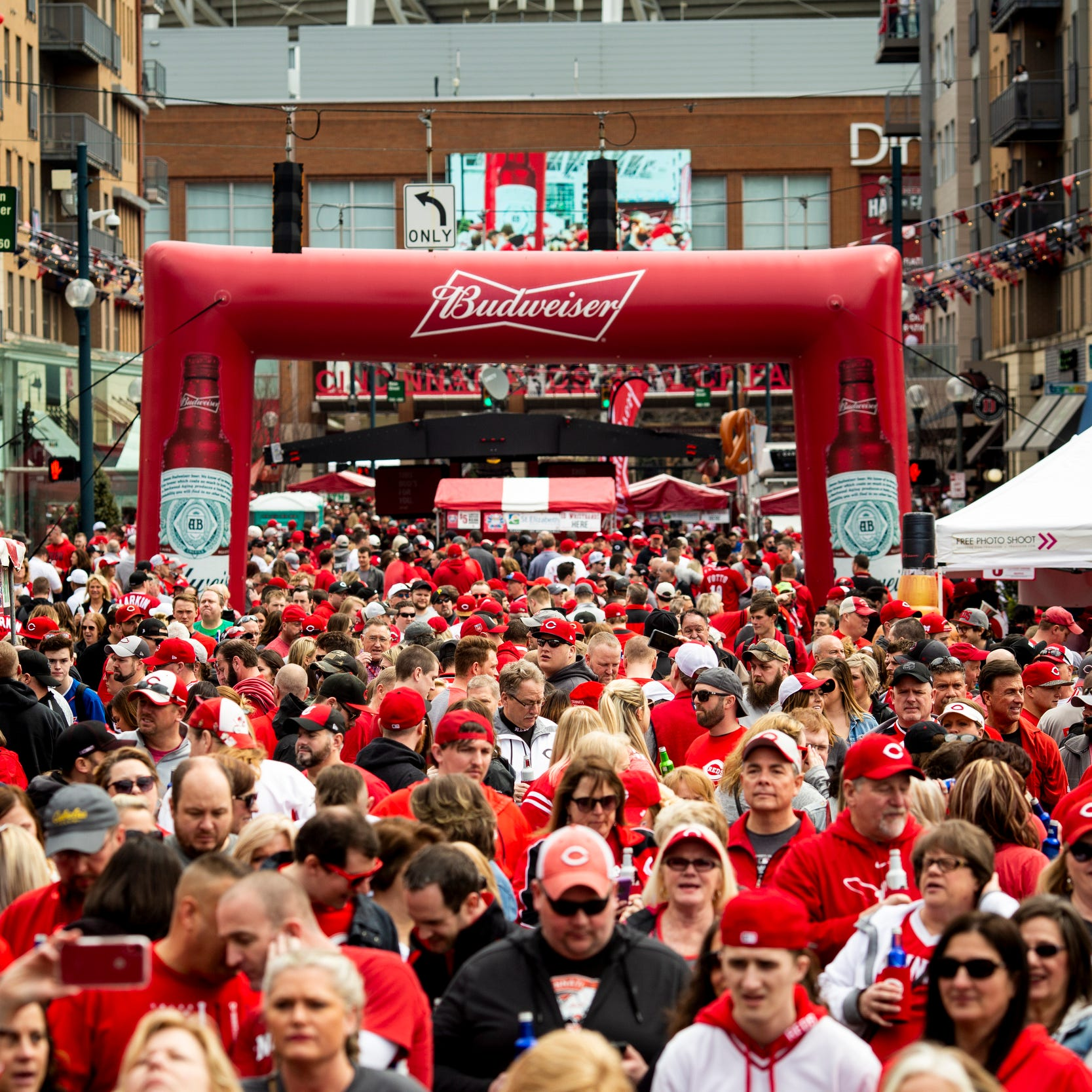 Best of Cincinnati Reds Opening Day 2019 – every story, photo gallery and video in 1 place