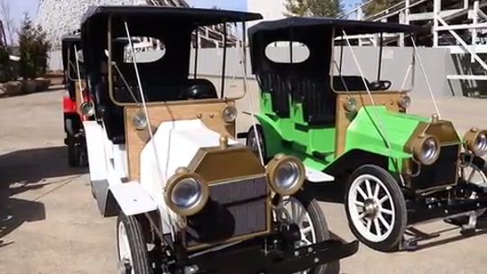 Kings Island is bringing back antique cars, and this week the first cars arrived.