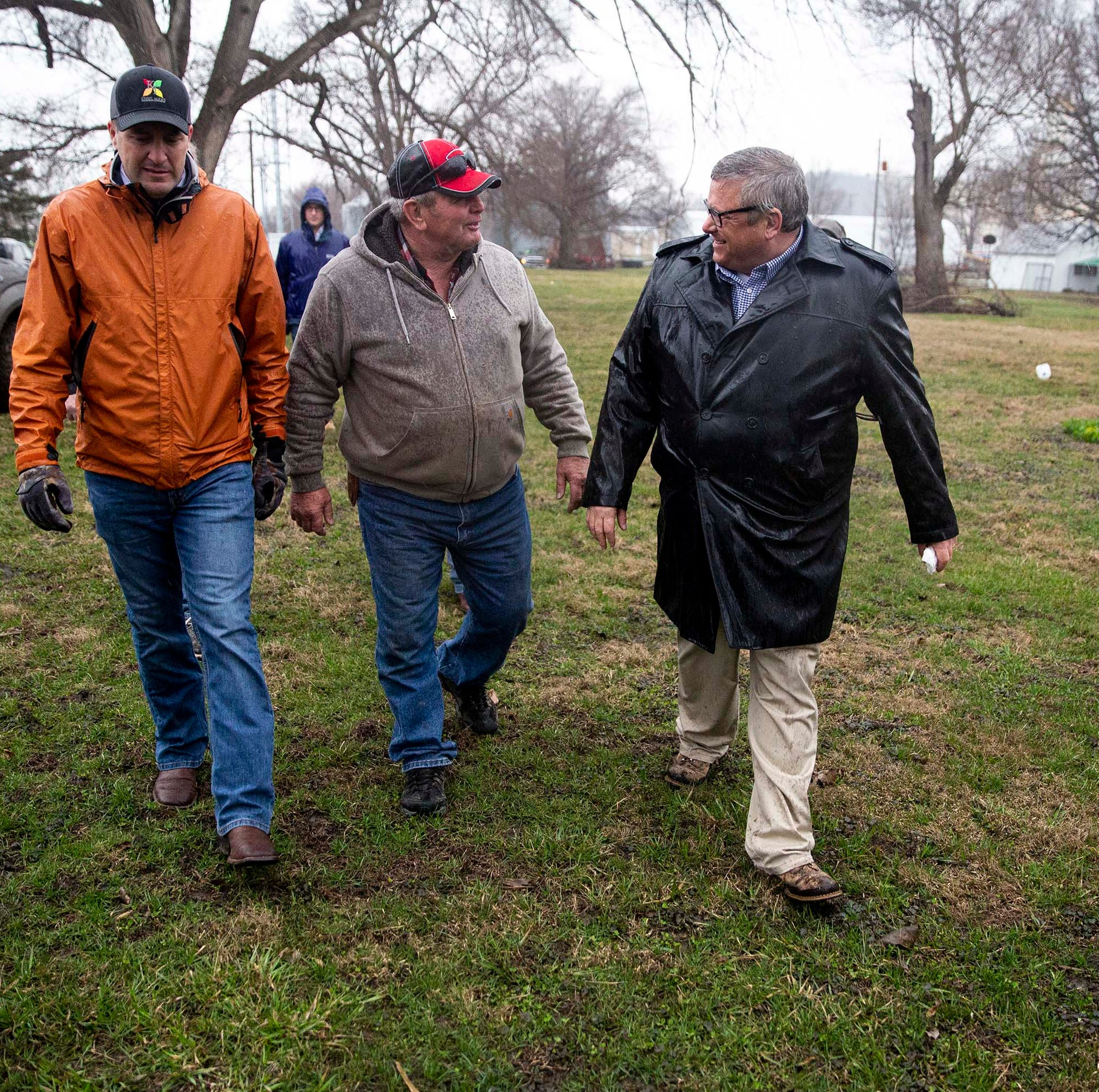 Flooded-out farmers tell ag leaders it will be hard to recover without federal assistance