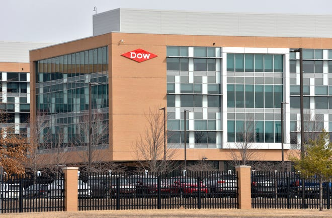 A Delaware judge is chastising attorneys over secrecy related to a dispute between chemical manufacturer Chemours and DuPont Co., which spun off the company in 2015.