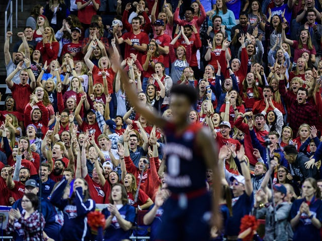 USI basketball defeats West Texas A&M in Division II Elite Eight