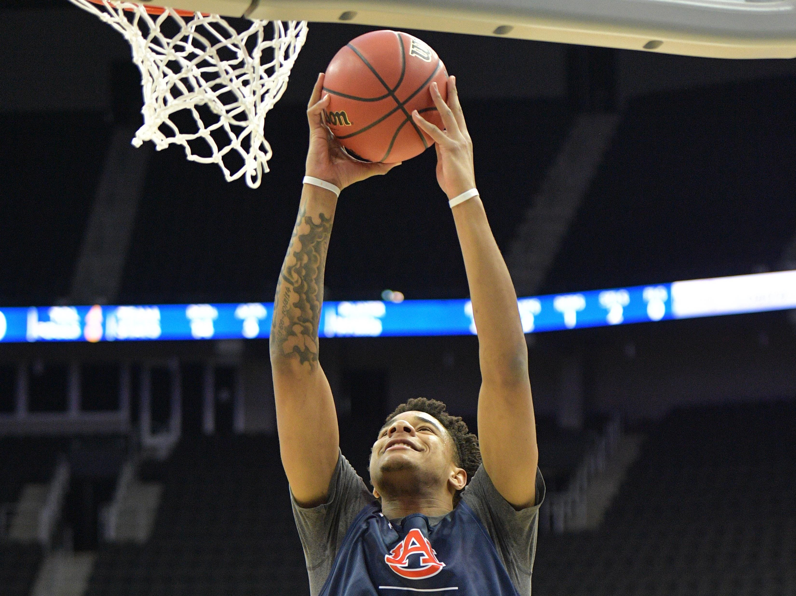 Mar 28, 2019; Kansas City, MO, United States; Auburn Tigers forward Chuma Okeke (5) shoots during practice for the midwest regional of the 2019 NCAA Tournament at Sprint Center. Mandatory Credit: Denny Medley-USA TODAY Sports