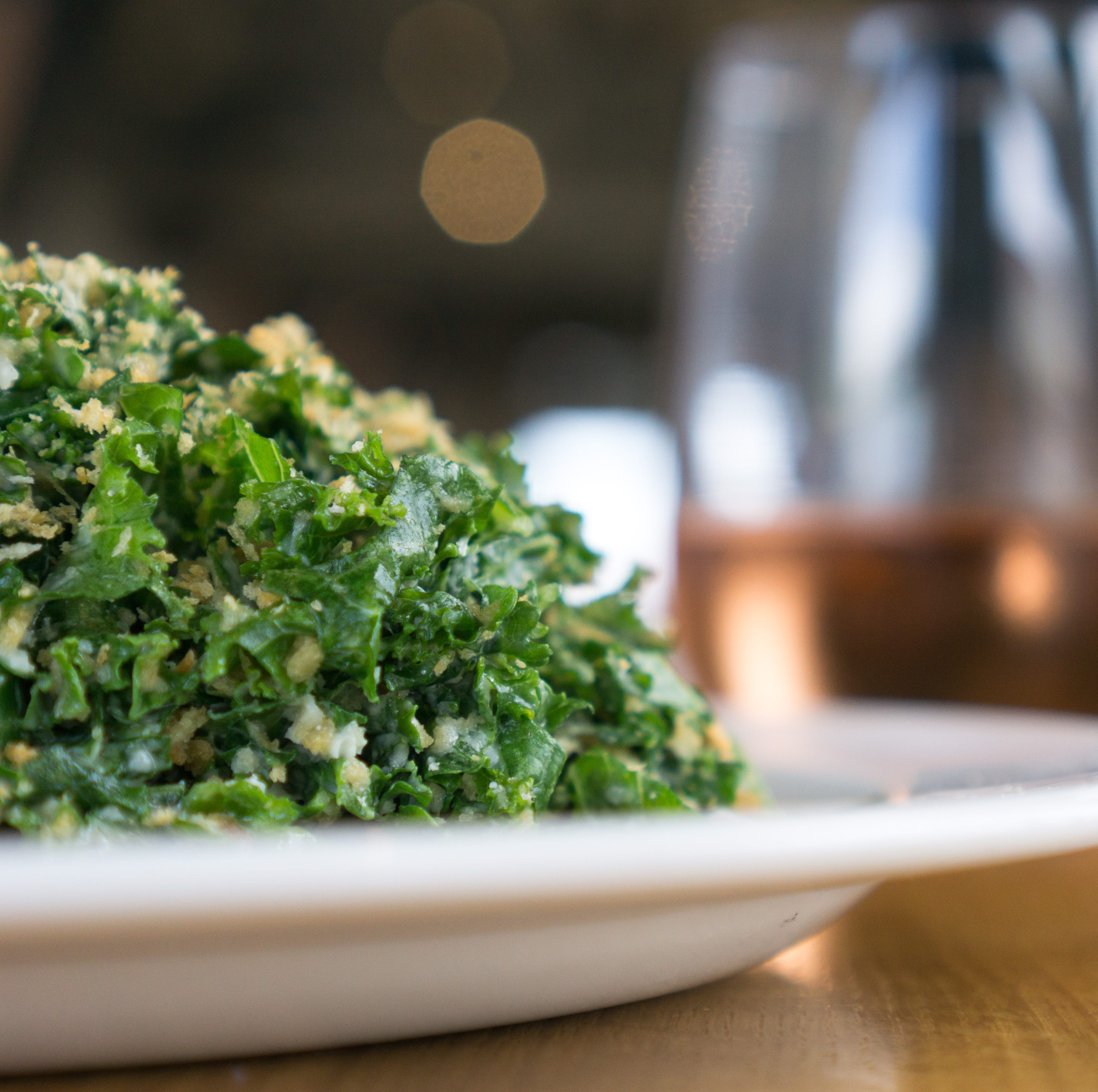 Dining: 5 salads to satisfy your craving for kale