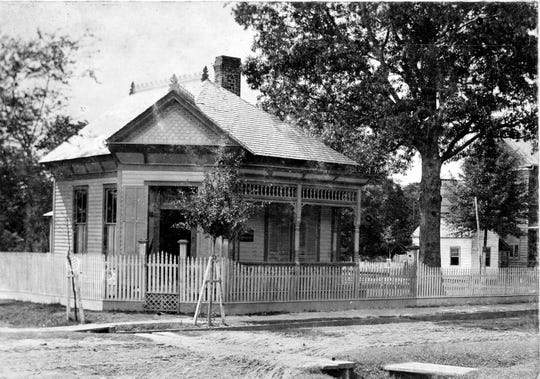 The dental office of Dr. V. K. Irion on the northwest corner of Market and Vine streets in about 1895.