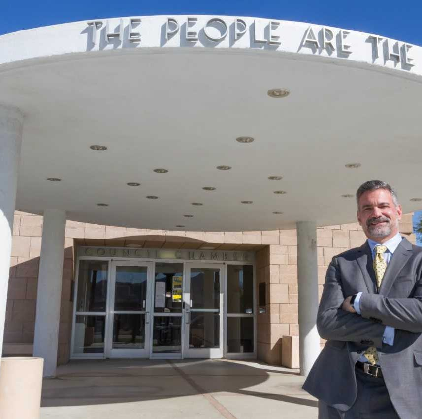 Palm Springs council candidate Peter Maietta hopes to revitalize city's northern end