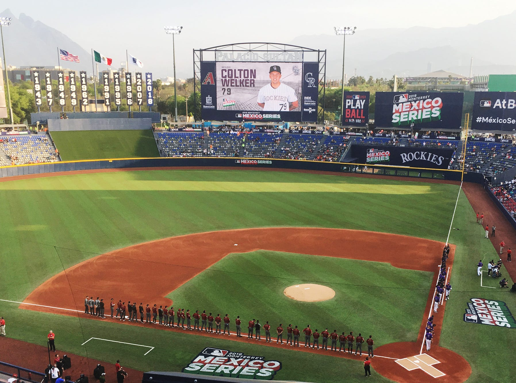 It was a perfect night for baseball as the Arizona Diamondbacks and the Colorado Rockies lined up before playing one of two spring-training games in Monterrey, Mexico.