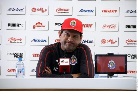 José Saturnino Cardozo, D.T. de Chivas.