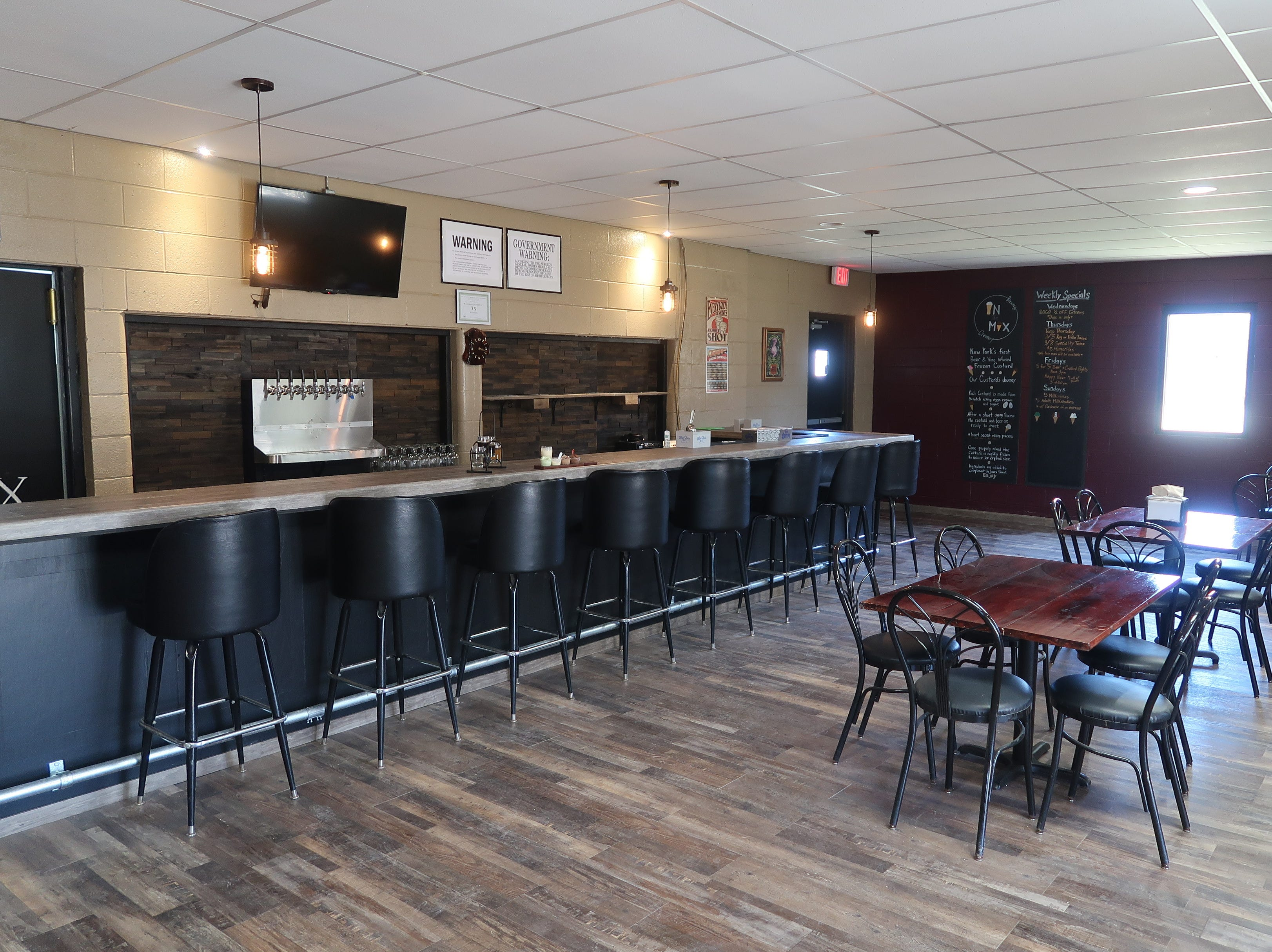 The taproom at In The Mix Brewing and Creamery.