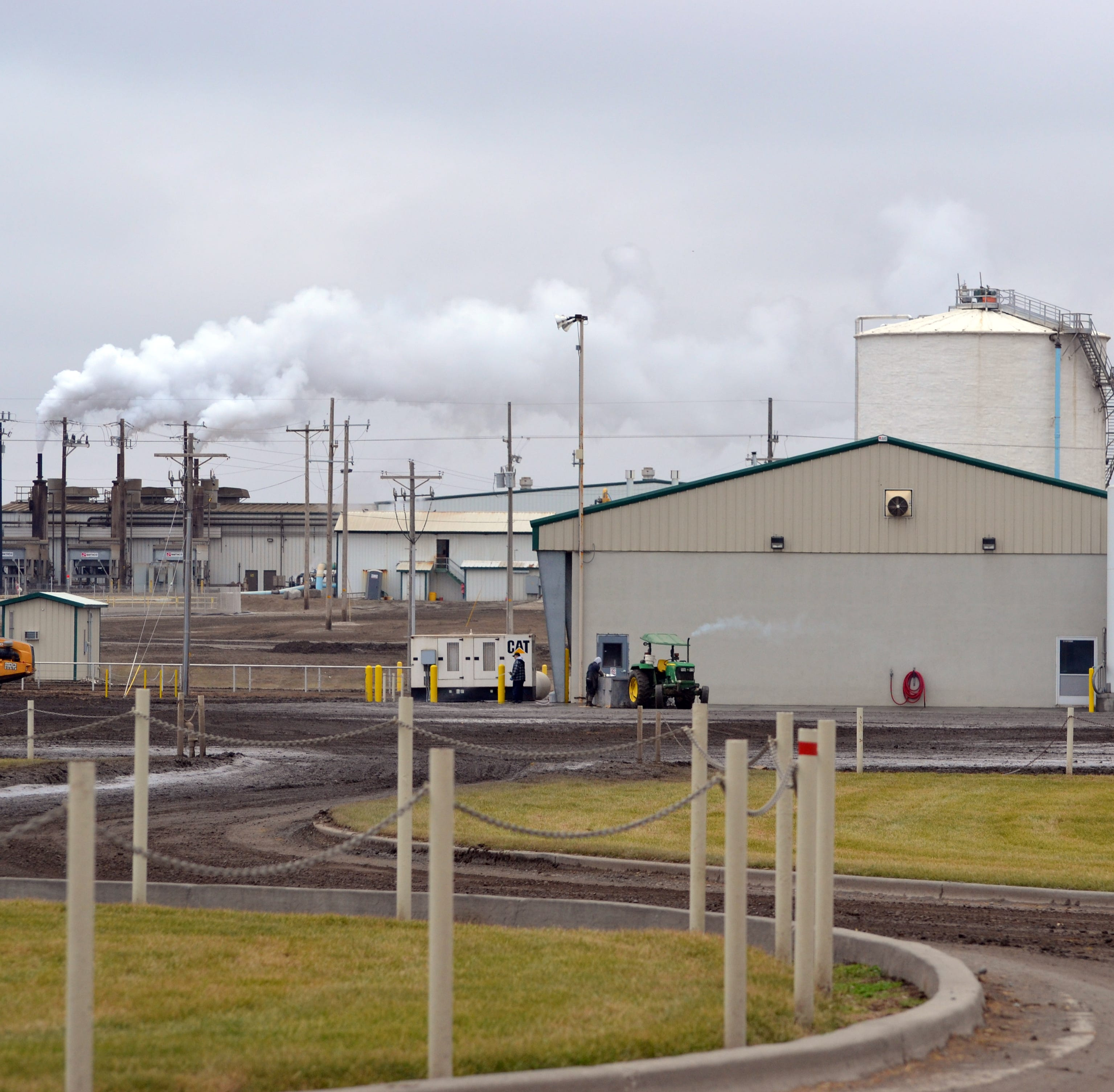 Manure is big business at Oregon's largest dairy with conversion to natural gas