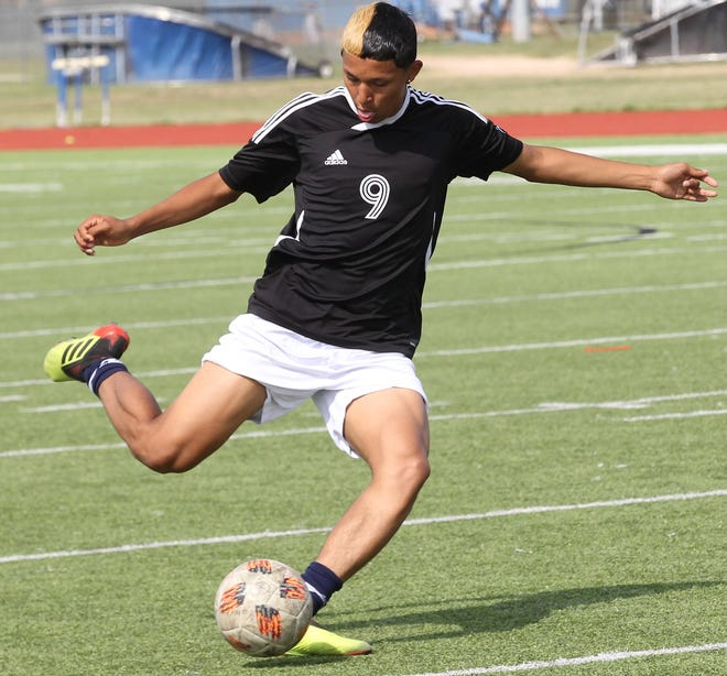 Lake View's Daniel Ramos gets ready to make a shot during soccer practice at Lake View on Wednesday, March 27, 2019.