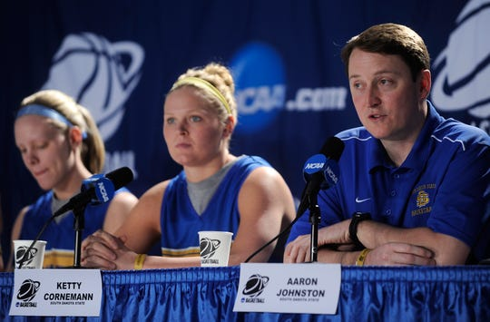 Head coach Aaron Johnston (far right) led SDSU to the first Sweet 16 appearance in program history. The Jackrabbits look to build on their success this season.